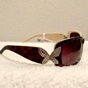Relic Flutter tortoise shell sunglasses